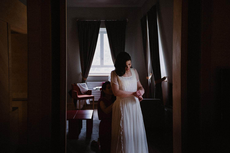 Fotógrafo vestido de novia